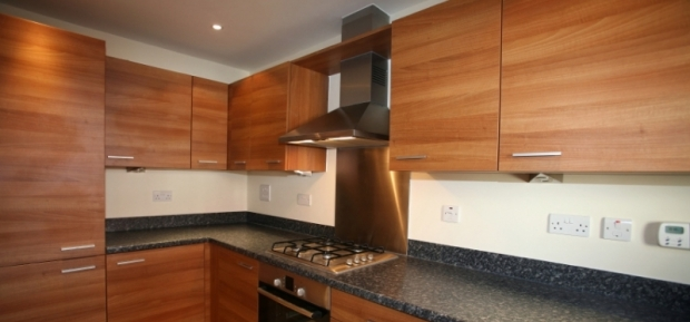 Choosing Kitchen Overhead Cupboards