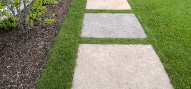Add Drama And Definition With Garden Pavers