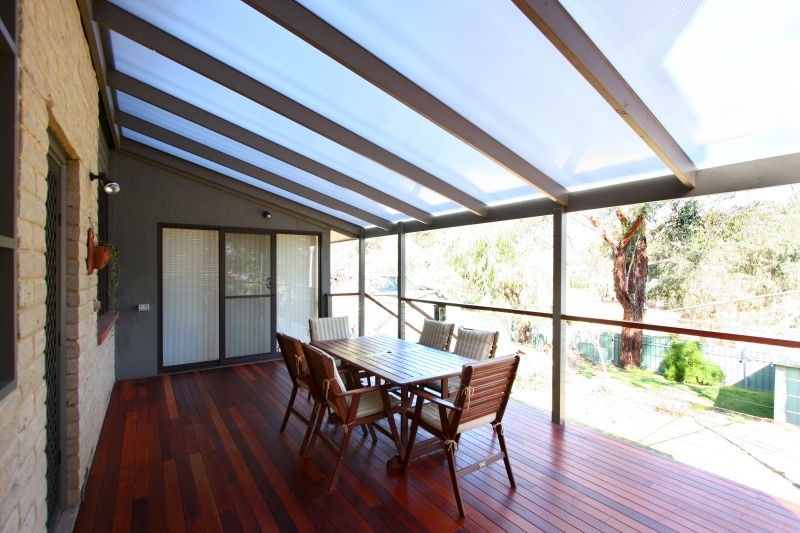 Benefits Of A Polycarbonate Pergola Roof Hipages Com Au