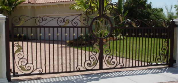 How Much Does A Driveway Gate Cost