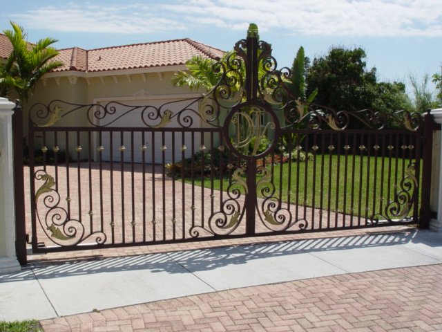 2019 How Much Does A Driveway Gate Cost Hipages Com Au