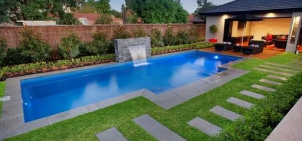 how much does it cost to paint a pool