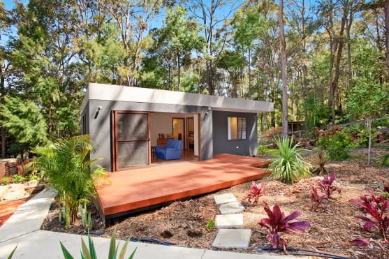 5 ideas for outdoor rooms and granny flats for Backyard cabins granny flats