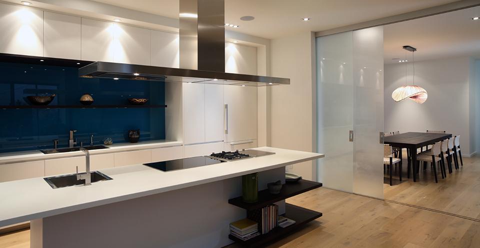 Kitchen splashbacks inspiration sydney shower screens for Cheap splashback ideas kitchen