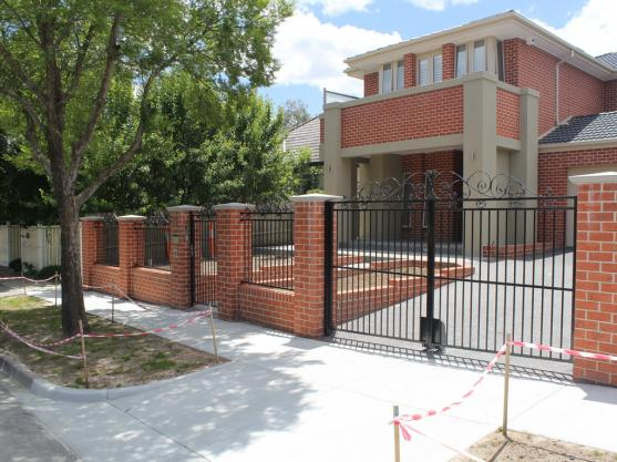 Brick Fencing Designs by Glassworth Pty Ltd
