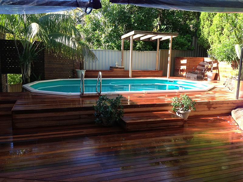 Life out doors decking sutherland shire reviews for Timber decking around pools