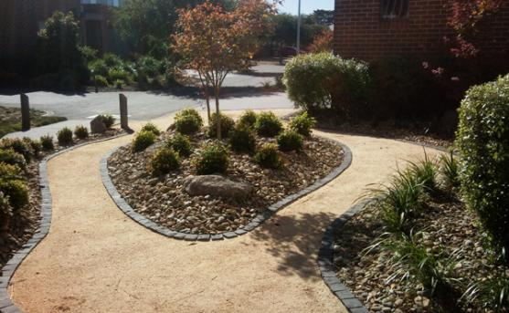 Garden Edging Ideas by icon landscaping