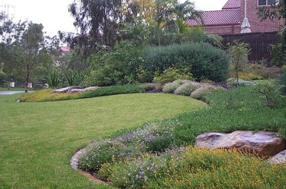 Garden Edging Ideas by WE CRE8 Pty Ltd