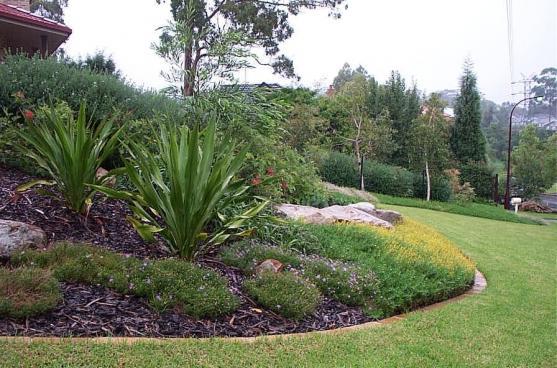 Garden Edging Ideas by WE CRE8 Pty Ltd