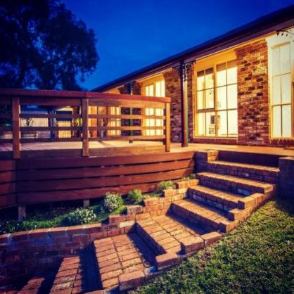 Elevated Decking Ideas by Itradies