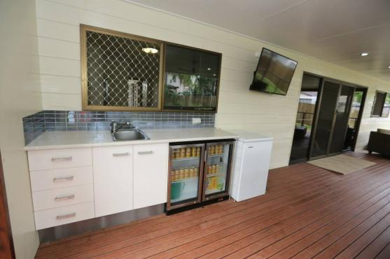 Kitchen Tile Design Ideas by Nathan Groszmann Constructions