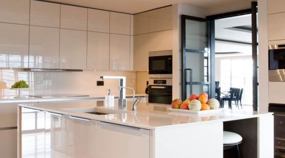 Kitchen Tile Design Ideas by LivinGlass Pty Ltd