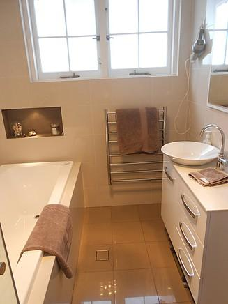 Aj Bathroom Renovations Thornleigh John Jreige