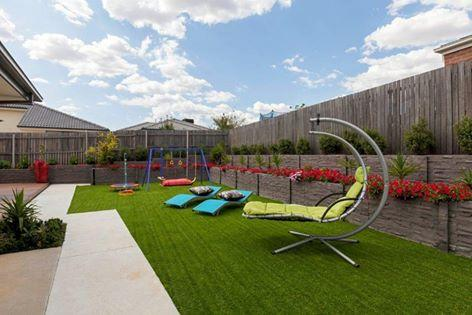 Trendy landscaping cnaberra brendon kelly for Landscape design canberra