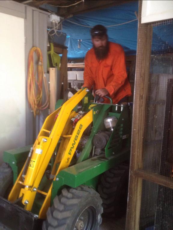 Griffo S Mini Digger Hire Kingston Gary Amp Michael