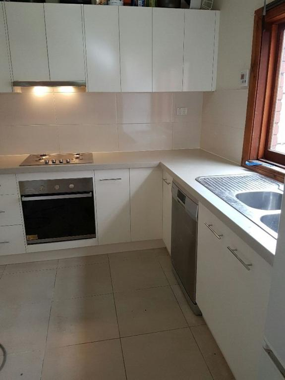 local kitchen benchtop installers in gold coast qld