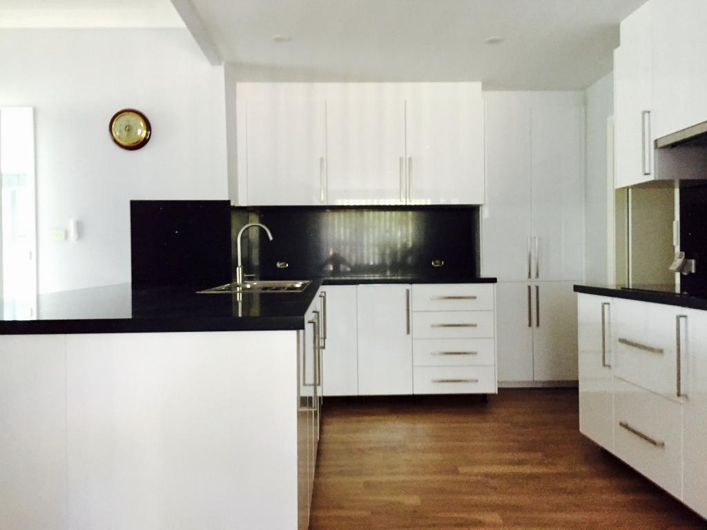 Professional flatpack assembly service professional crew of joiners - Flatpack Installer Kitchen Bathroom Renovation Mat 23 Recommendations Hipages Com Au