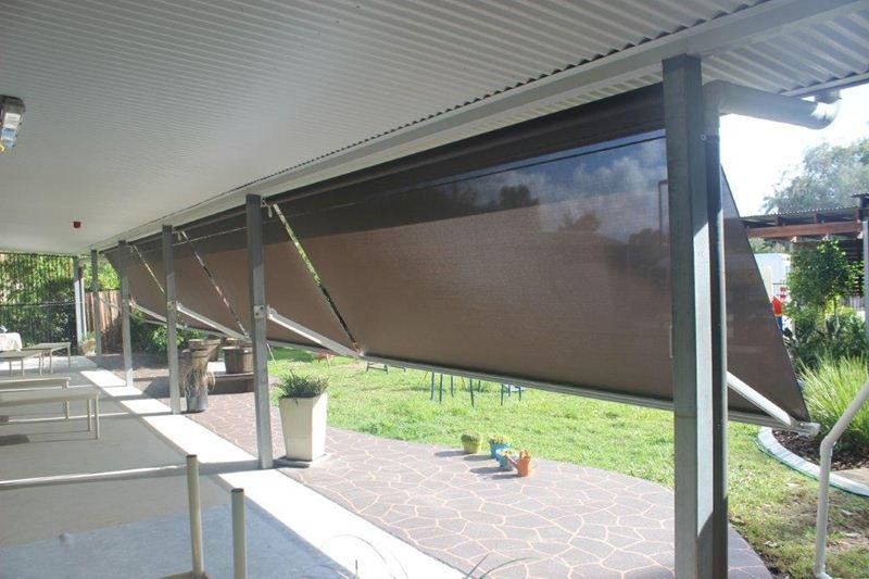 Gallery Pivot Arm Awnings