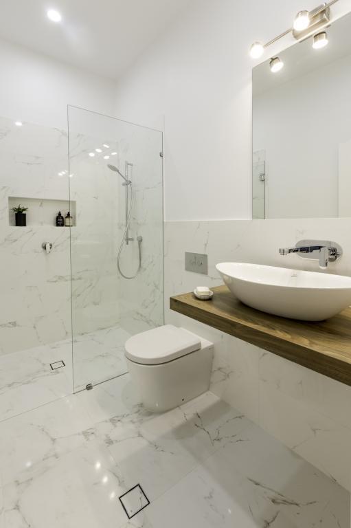 Incroyable Inglewood   Galleries   Lux Bathrooms