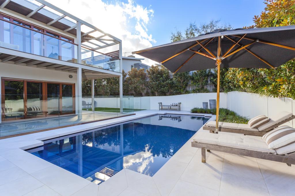 Narellan pools sydney new south wales narellan pools - Concrete swimming pool repairs brisbane ...