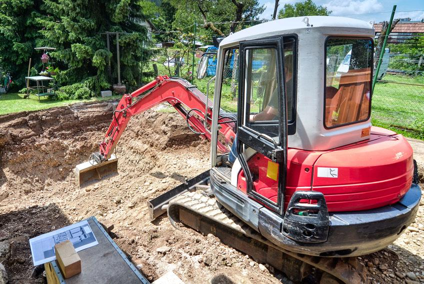 Simon Dickson Bobcat Excavator Hire Southern Highlands