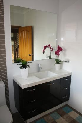 Bathroom Vanity Ideas by Powney & Powney Supreme Kitchens Pty Ltd
