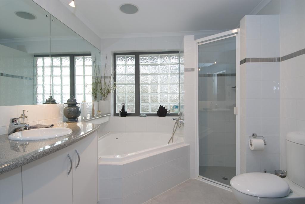 Bathrooms i like bathrooms kitchens bathrooms for Dwell bathroom designs