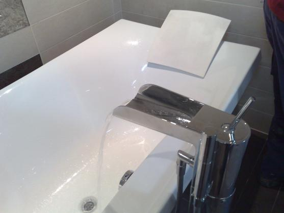 Bathroom Tap Ideas by DAVINE BATHROOMS PTY. LIMITED