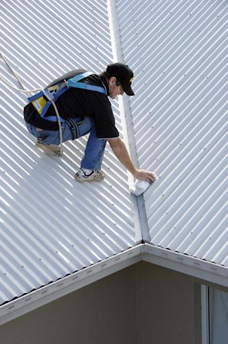 Local Gutter Cleaning Find The Experts 3 Free Quotes
