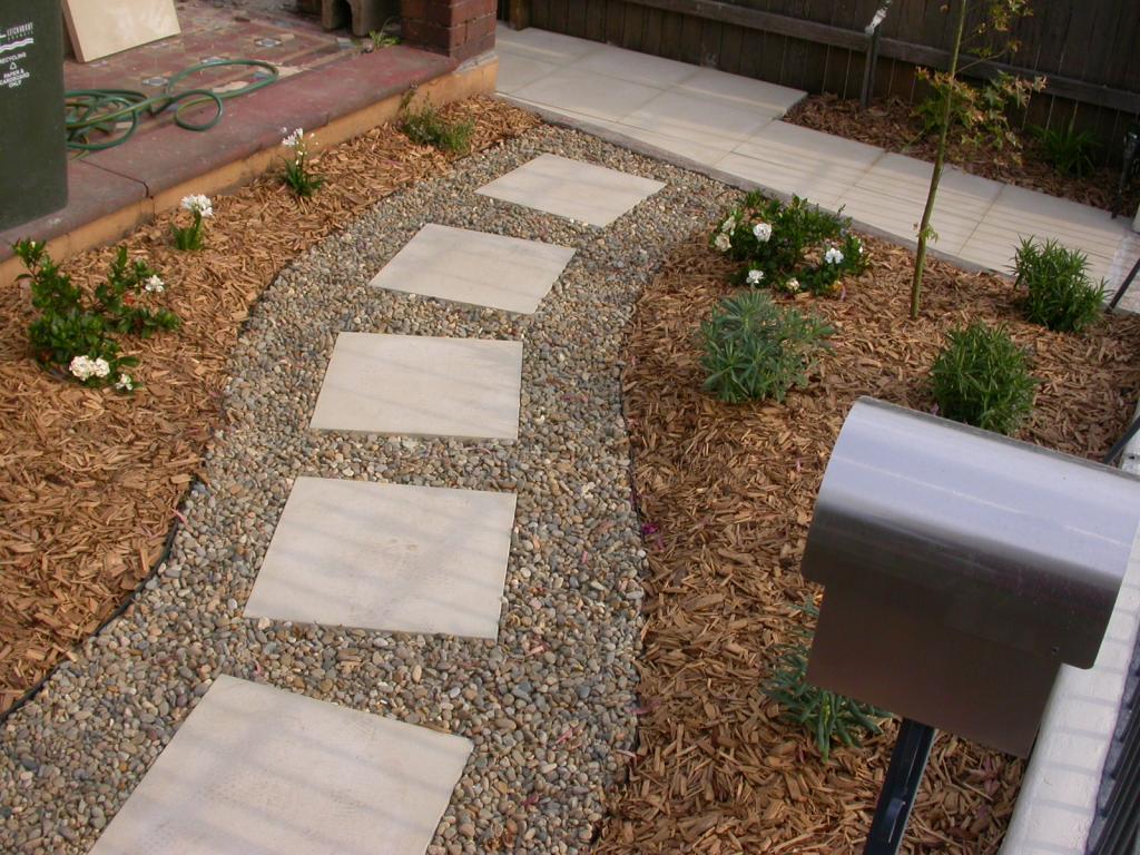 Paving inspiration green earth landscapes australia for Paved front garden designs
