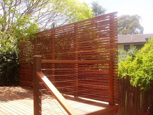 Privacy screens galleries thomsons outdoor pine pty ltd for Wooden garden screen designs
