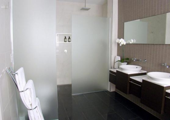 Bathroom Design Ideas by Professional Tiling & Waterproofing