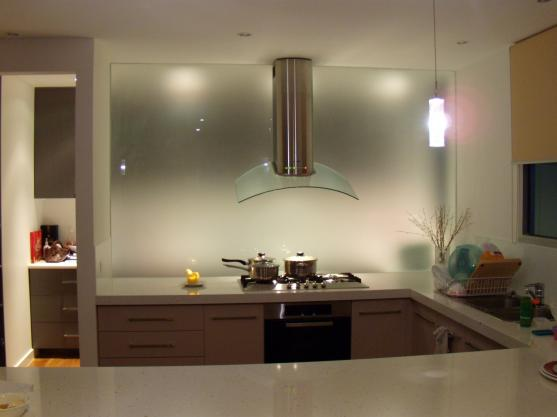 Kitchen Splashback Ideas by City Side Glass