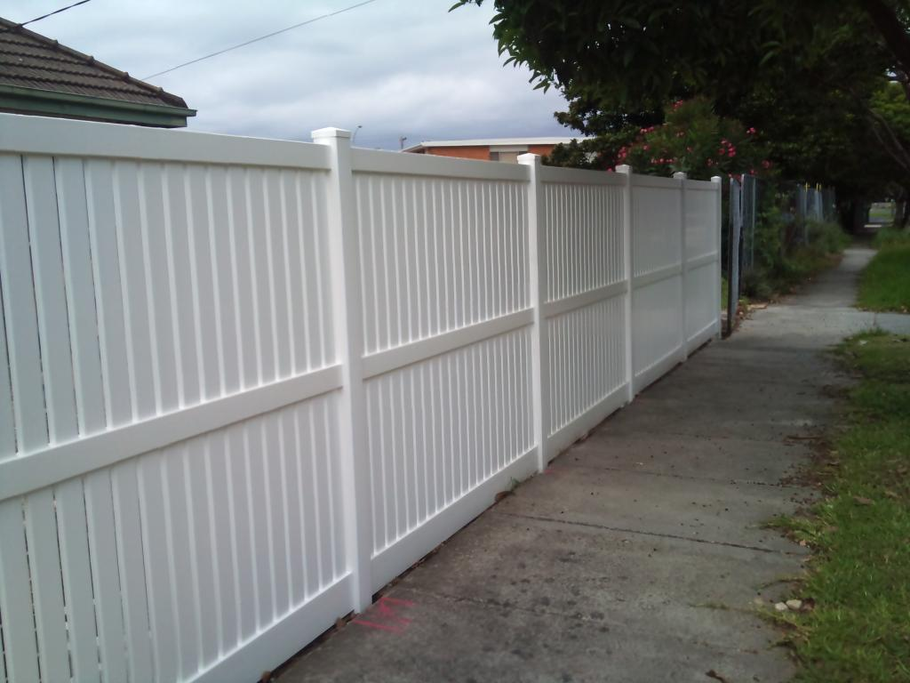 Fencing Privacy Capped Picket Mathos PVC