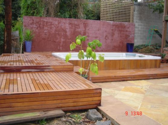 Elevated Decking Ideas by T2 Construction