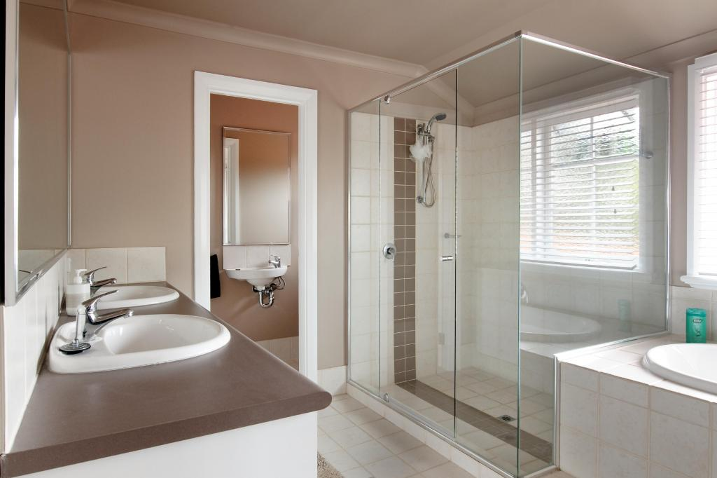Bathrooms inspiration dale alcock home improvement for Dale bathrooms