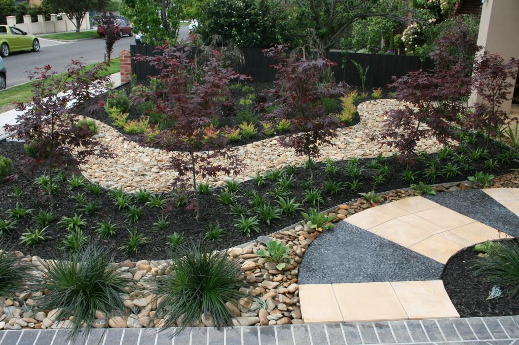 Front garden bed ideas - Gardens - Examples of our work - Paal Grant ...