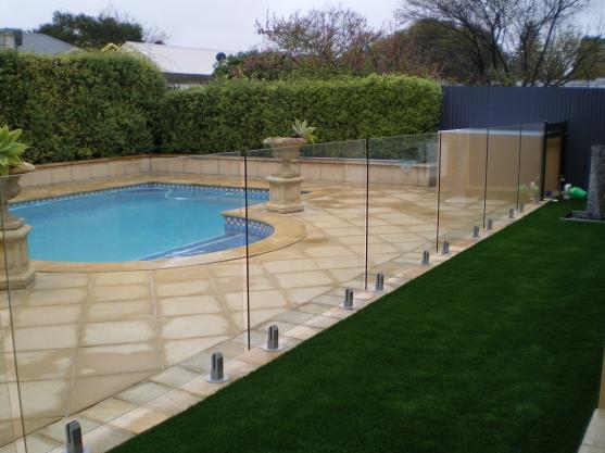 Pool Fencing Ideas by Quality Fence Construction