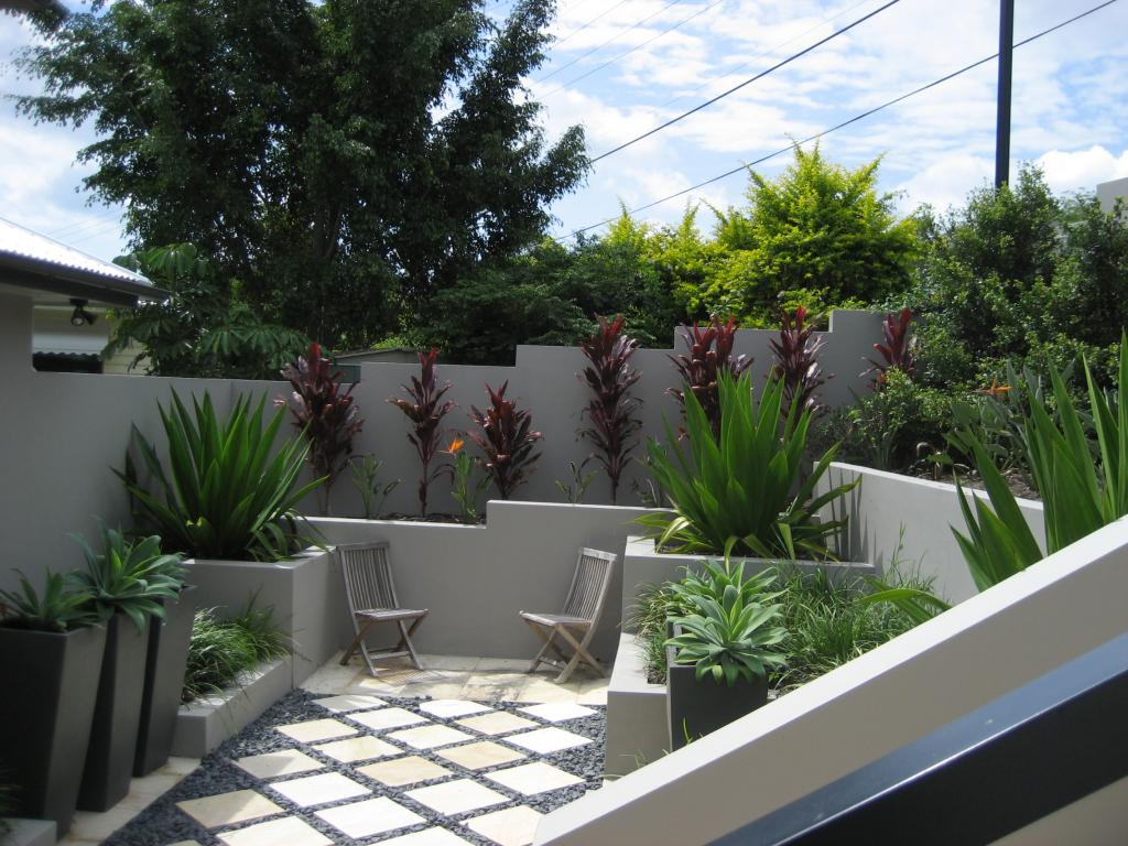 Gardens retaining walls landscaping ideas utopia for Front garden designs australia