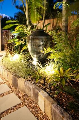 Garden Art Ideas by Tom Robinson Living Landscapes
