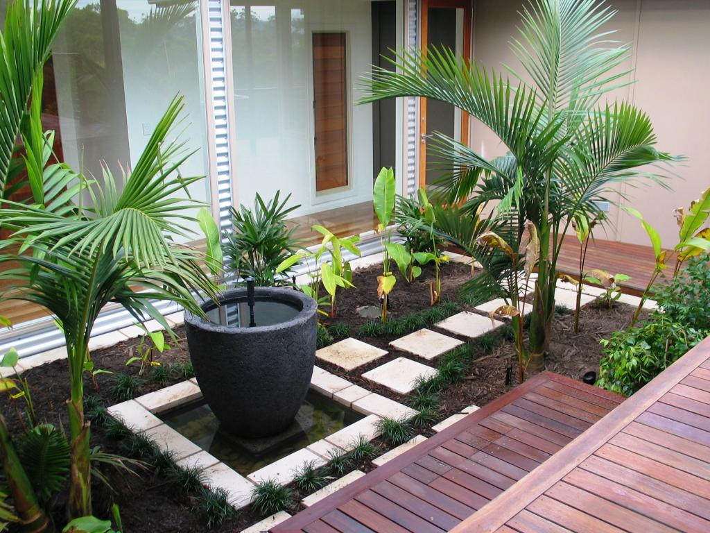 Small backyard design ideas for Back garden designs australia