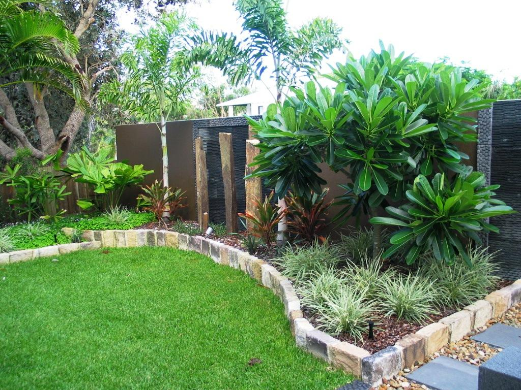 Style ideas gardens galvanized garden edging for Back garden designs australia