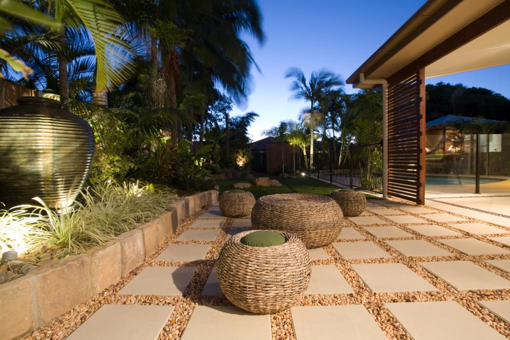 Outdoor Living Ideas by Tom Robinson Living Landscapes