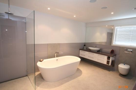 Freestanding Bath Design Ideas by Bathrooms & Kitchens by Urban