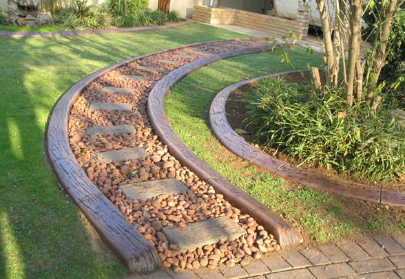 Garden edging inspiration creative kwik kerb for Quik curb