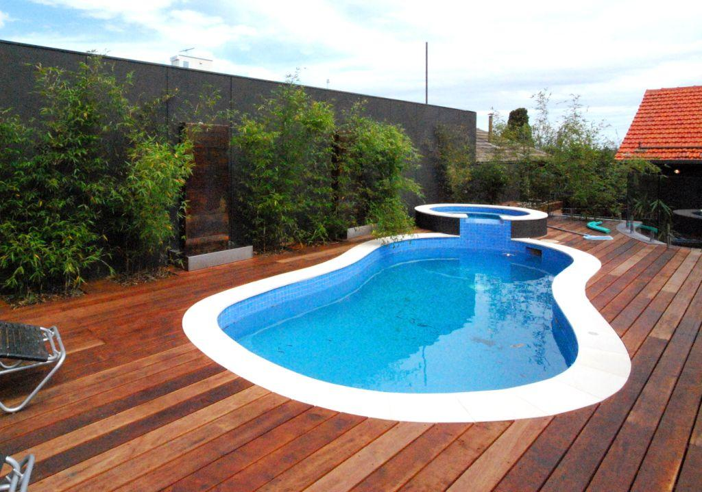 Timber decks inspiration supreme green landscaping for Inspiration pool cleaner