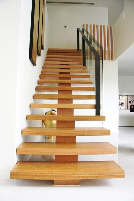 Step Design: Get Inspired By Photos Of Stairs From
