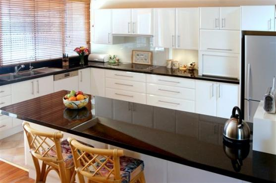 Kitchen Benchtop Ideas by Rod's Kitchens