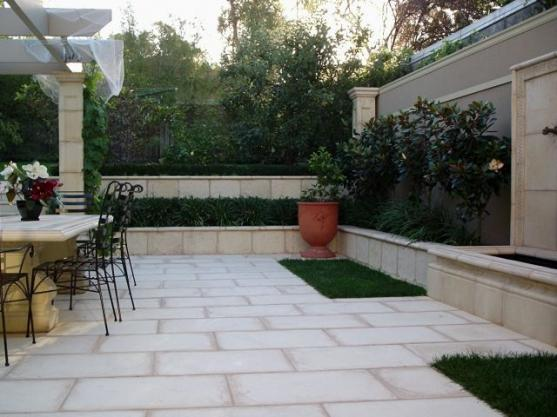 Paving design ideas get inspired by photos of paving for Paved courtyard garden ideas