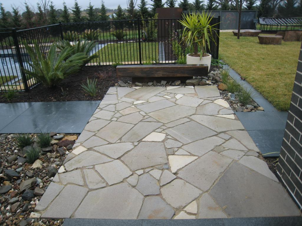 Paving inspiration contemporary landscaping australia for Paved front garden designs